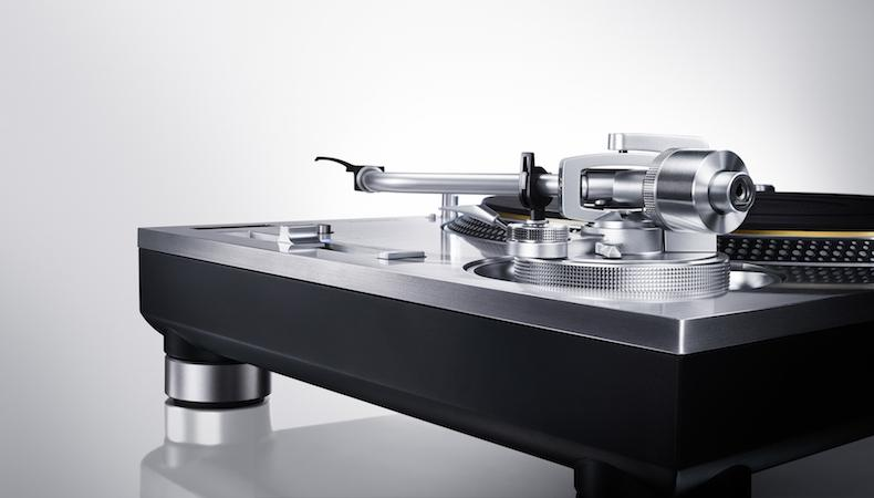 technicstttonearm